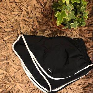 2X Black Nike Shorts